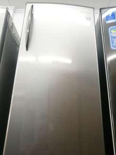 Kulkas panasonic 1 pintu, bisa credit cukup 200 ribuan aja!!