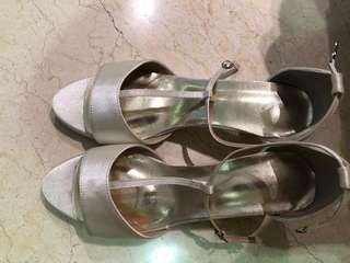 elegant high heels 👠