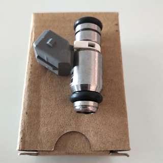 Aprilia V4 lower injector