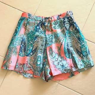 🚚 Love bonito shorts