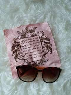 Sunglasses juicy couture