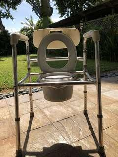 Commode Chair (No wheels)