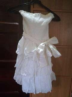 Hollister small three sister eyelet tube dress