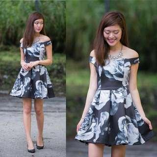 Black rose floral sweetheart off shoulder skater dress