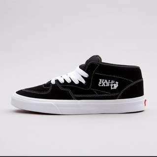 67f8b0c849 BNIB Authentic Vans Half Cab