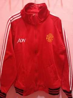 Jaket MU Strip