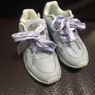🚚 PUMA緞帶休閒鞋