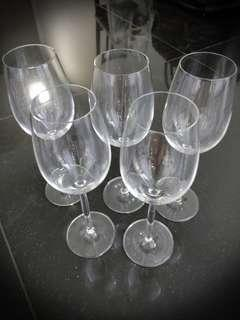 5 Schott Zwiesel wine glasses