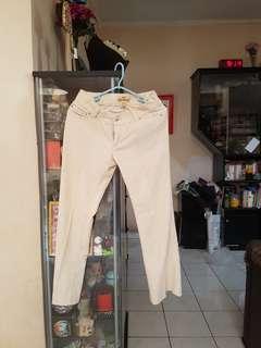 Celana corduroy