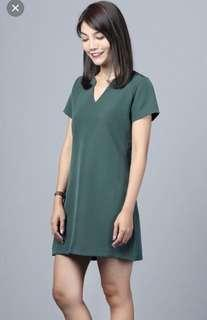 Hollyhoque basic dress