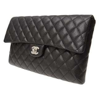 A57650 Authentic CHANEL Clutch
