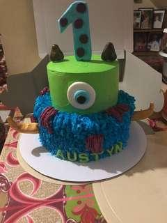 Monster cake (w/free 12cup cakes)