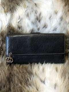 Gucci authentic long wallet