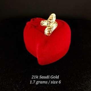 21K Saudi Gold 1.7Grams Ring