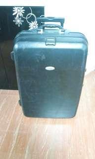 America Tourists hard case trolley luggage bag