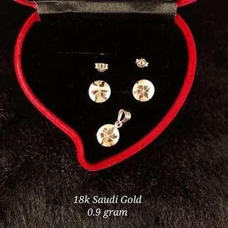 18K Saudi Gold 0.9Grams Set (Pendant & Earrings)