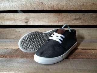 Sepatu Second Casual SUNYORK SNEAKERS Original Size 44 Kondisi Kaya Baru