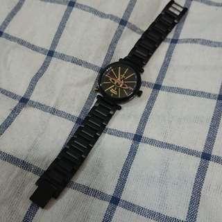 Vivienne westwood 黑色鋼帶手錶