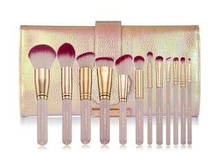 Spectrum collection makeup brushes