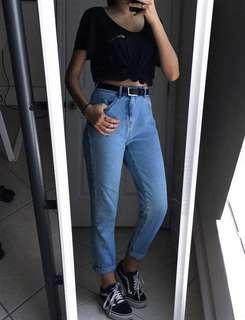 🚚 high waist light denim mom jeans