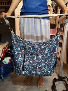 Pre loved Mel flower sling bag