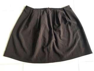 🚚 Black work flare skirt