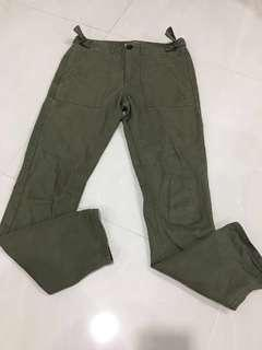 🚚 Forever 21 Army Green Pants