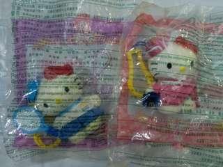 2000 Hello Kitty匙扣兩隻