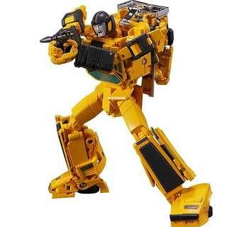 (Pricec reduced)TRANSFORMERS MASTERPIECE MP-39 SUNSTREAKER