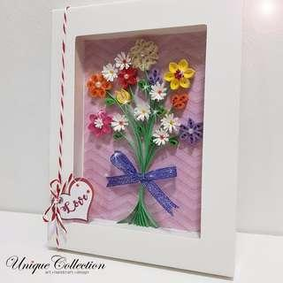 [CUSTOMIZED VALENTINE'S DAY GIFT] Handmade Paper Quilling Flower Frame
