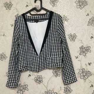 Outer cloth inc houndstooth
