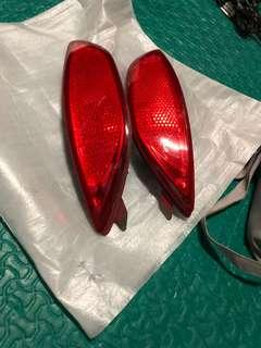 Original Hyundai accent sedan type rear bumper reflector pair
