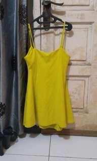 Zara Trafaluc light lime dress