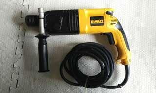 SDS hammer drill Dewalt D25003K