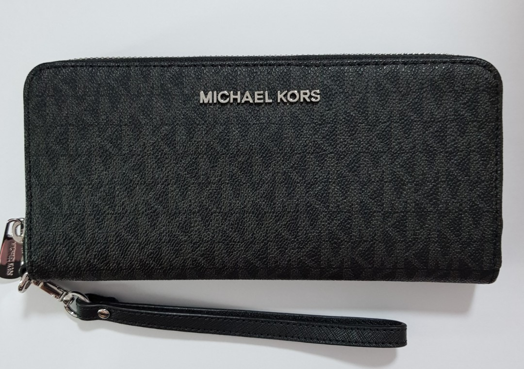 9bc92dd451a5 ☆ Brand New Authentic Michael Kors Jet Set Leather Large Zip Around ...