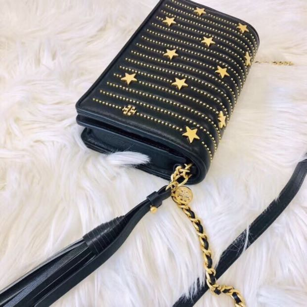 2bc46322afff Authentic Tory Burch Fleming Star stud flat wallet crossbody