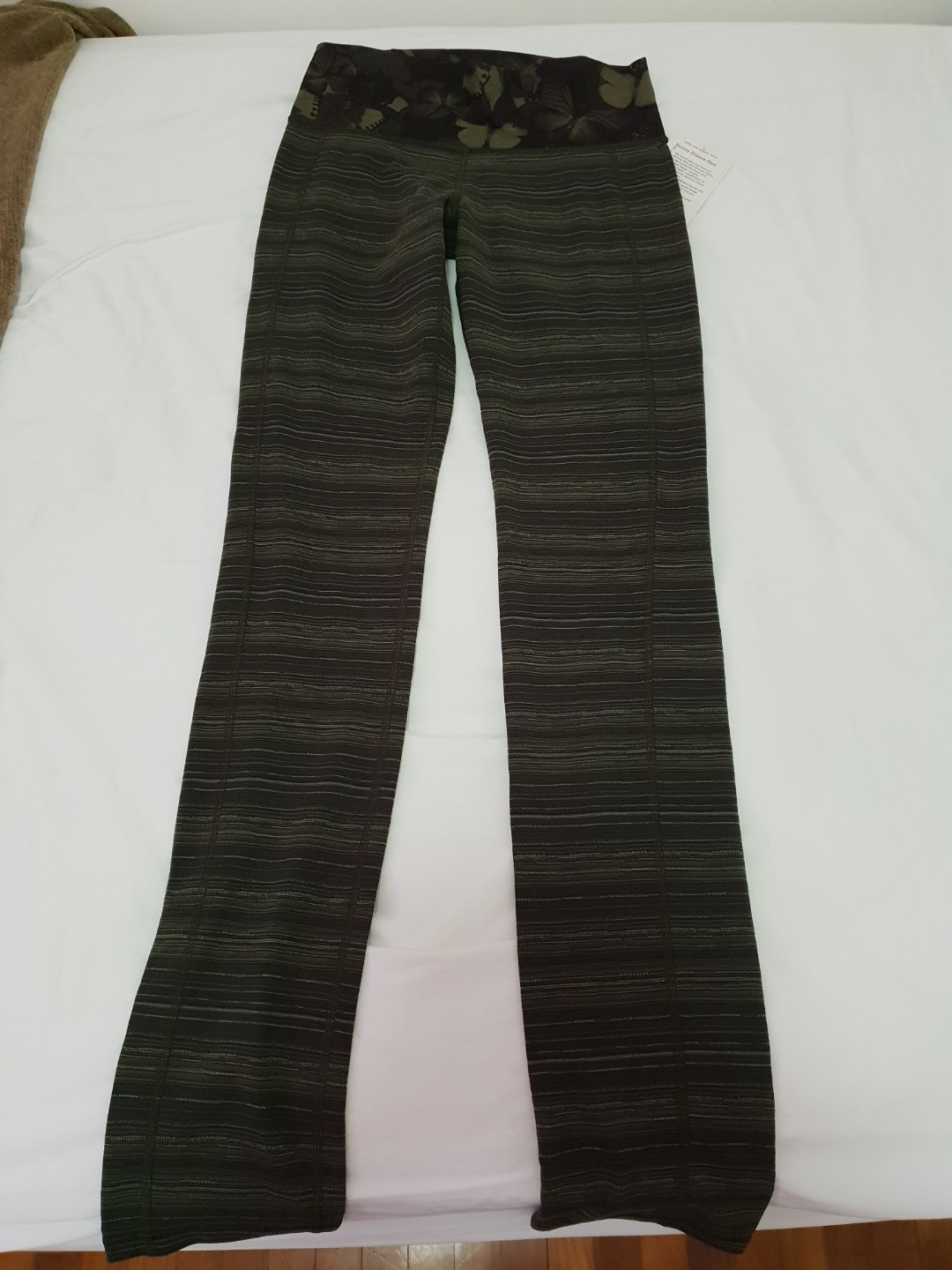 235c9f5f94 BNWT Lululemon athletica skinny groove pant ii, Women's Fashion ...
