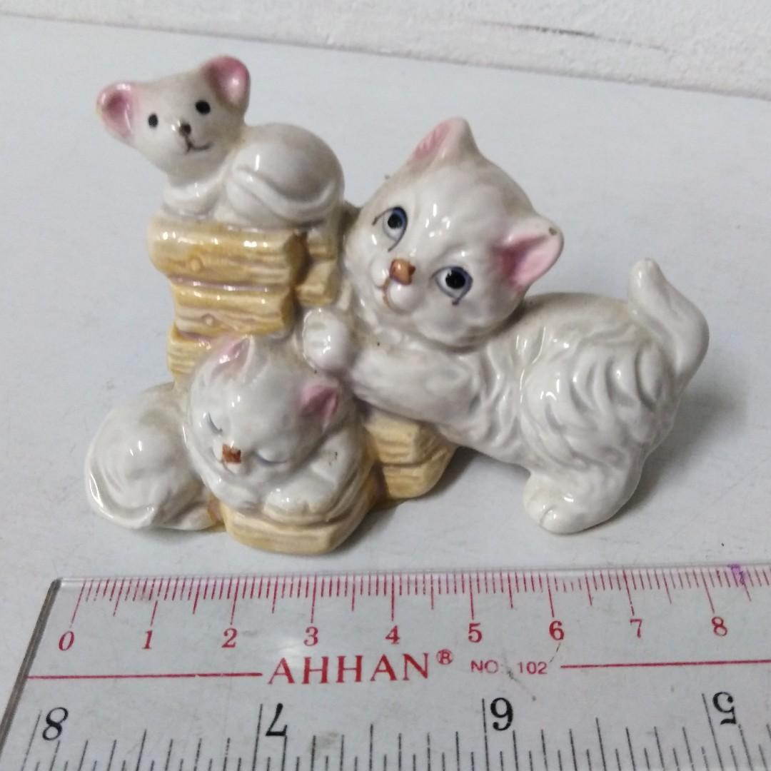 Cats Porcelain Figurine Display