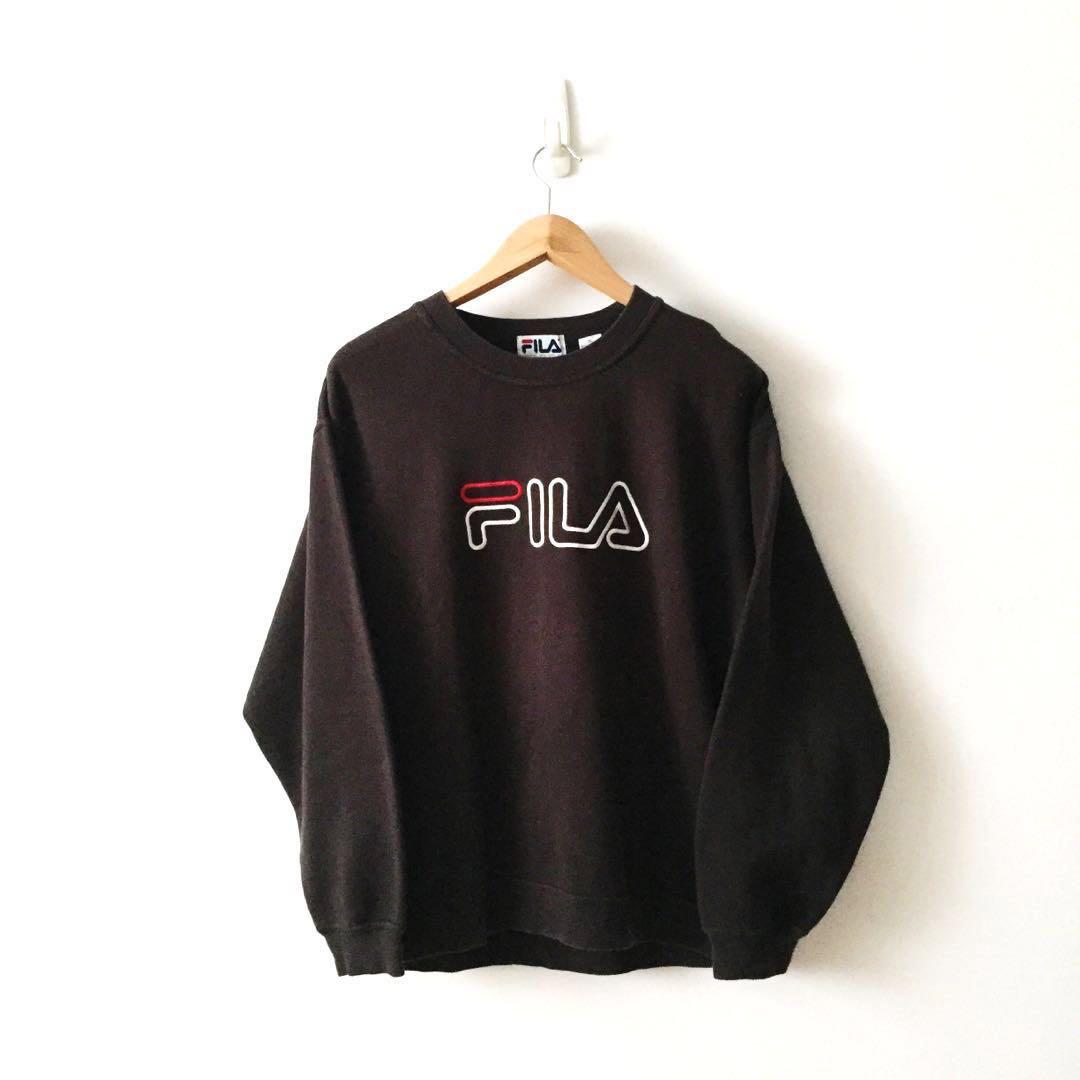 c1f20b7fac28 Fila Crew Neck Embroidery Spellout Pullover Jumper, Women's Fashion ...