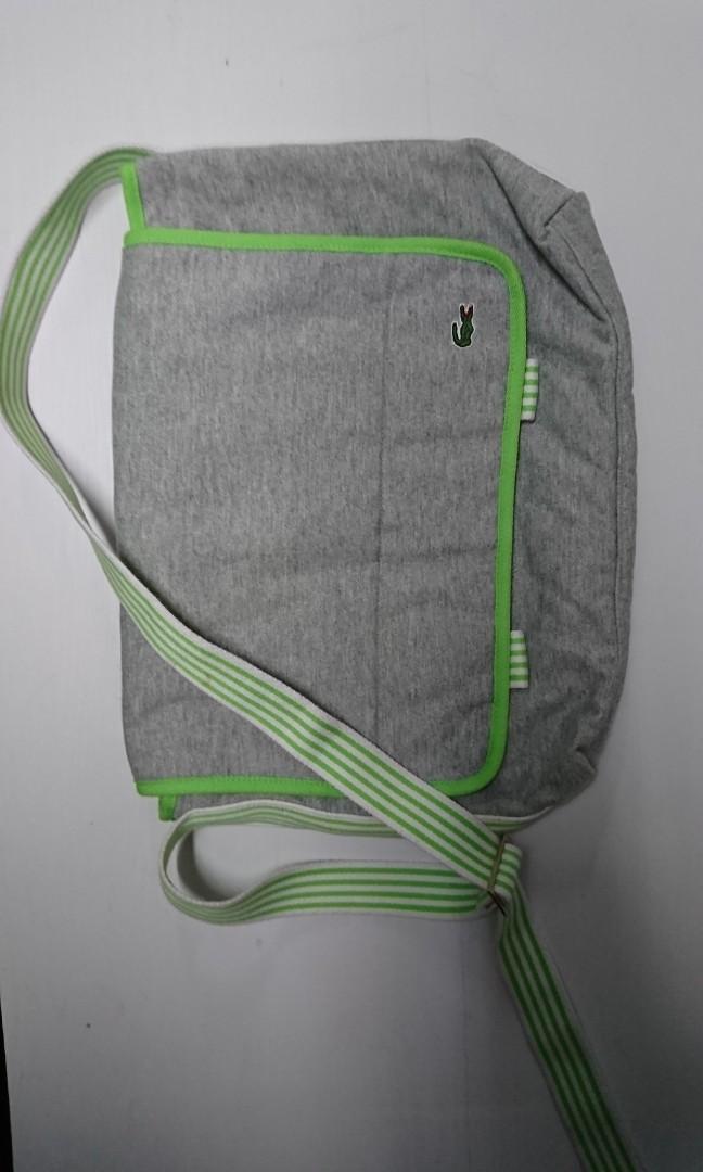 Lacost 斜揹袋
