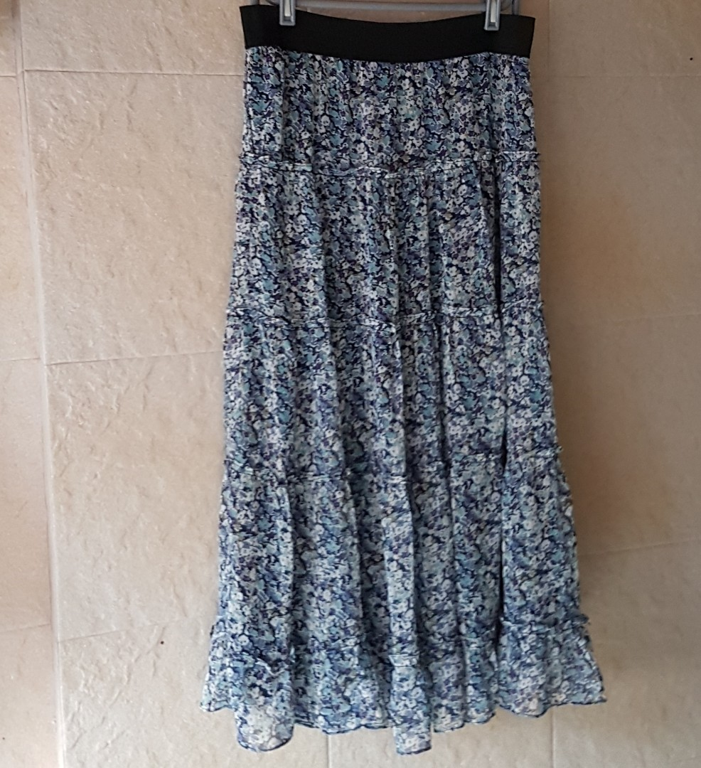 a3262df841 Long Skirt, Women's Fashion, Clothes, Dresses & Skirts on Carousell