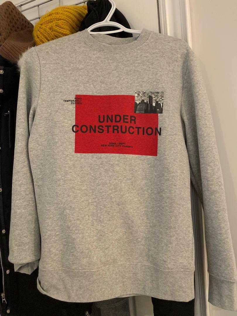 XS grey sweatshirt