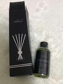 Rosemary Reed diffuser set