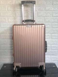 🔝grade Rimowa Luggage