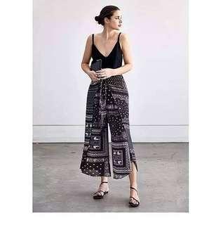 Black Pants with slit