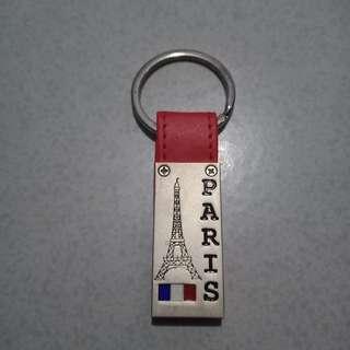 Gantungan Kunci PARIS