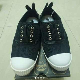 全新黑色RAH休閒鞋