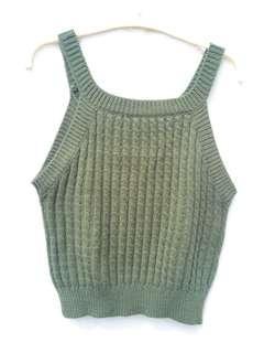 🚚 綠色削肩毛料性感短版背心