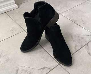 Steve Madden Dolce Vita Suede Ankle Booties
