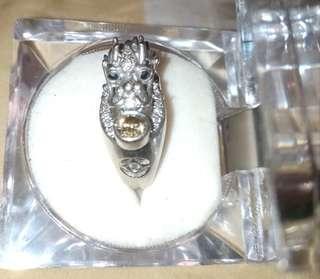 龍型精工真鑽 主彩鑽45分 整身龍體用了2.47克拉製造